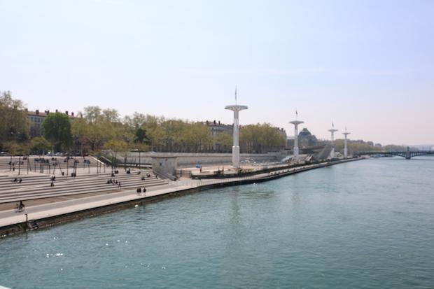 Lyon-7